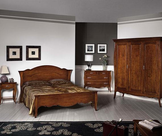 mod. michelangelo classico, finitura noce, avorio patinato o laccato, possibilita di decorare a mano tutti i mobili. rif. acnaz wen